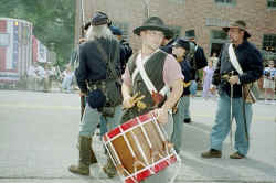 Union Troop with Drummer